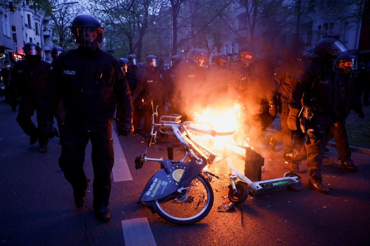 Alman basınının Türk polisi hakkında algı oluşturma çabası #8