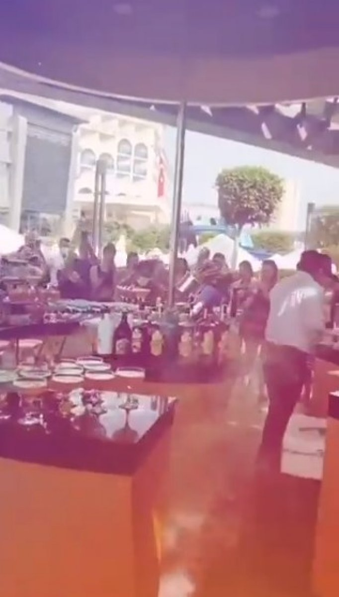 Antalya da, otelde hınca hınç  korona  partisi #1