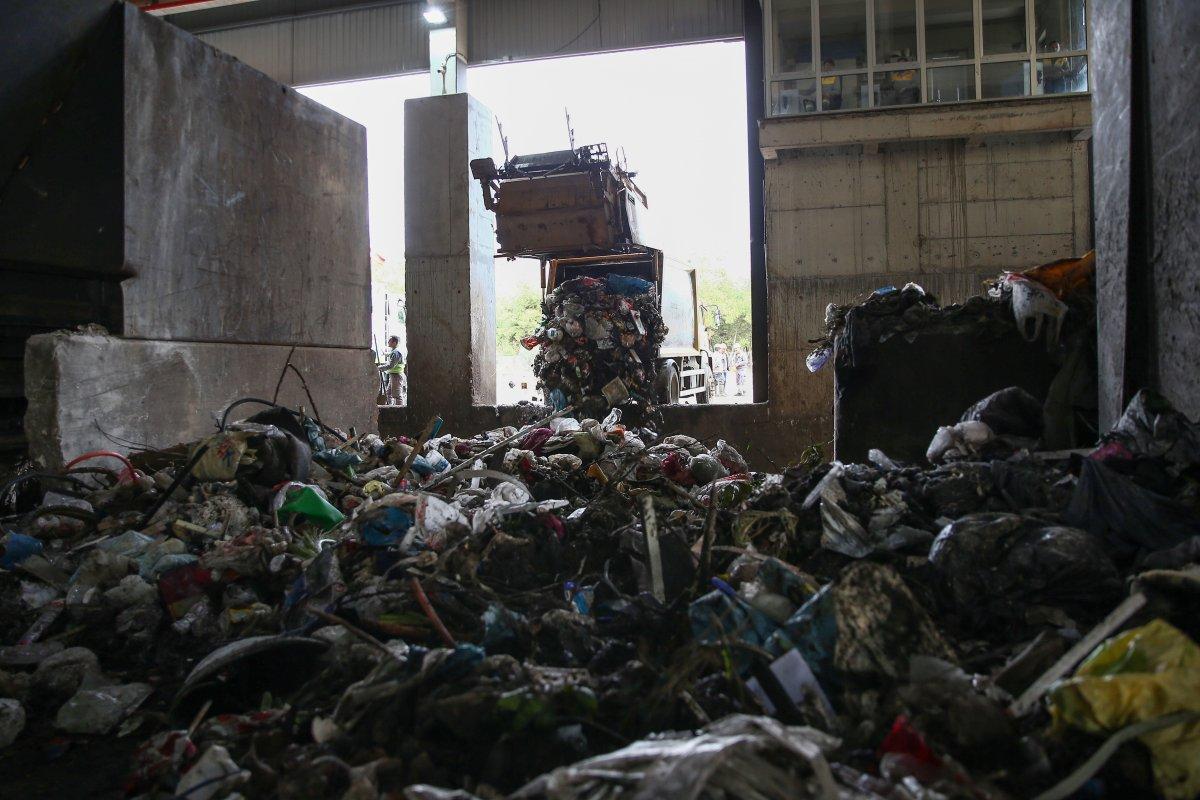 Adana da çevreyi kirleten geri dönüşüm tesislerine 7 milyon lira ceza #3