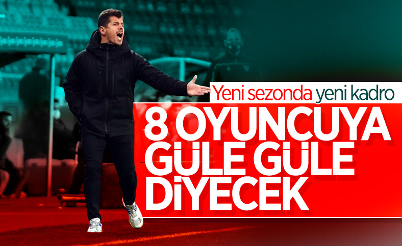 Fenerbahçe'de 8 oyuncuyla yollar ayrılacak