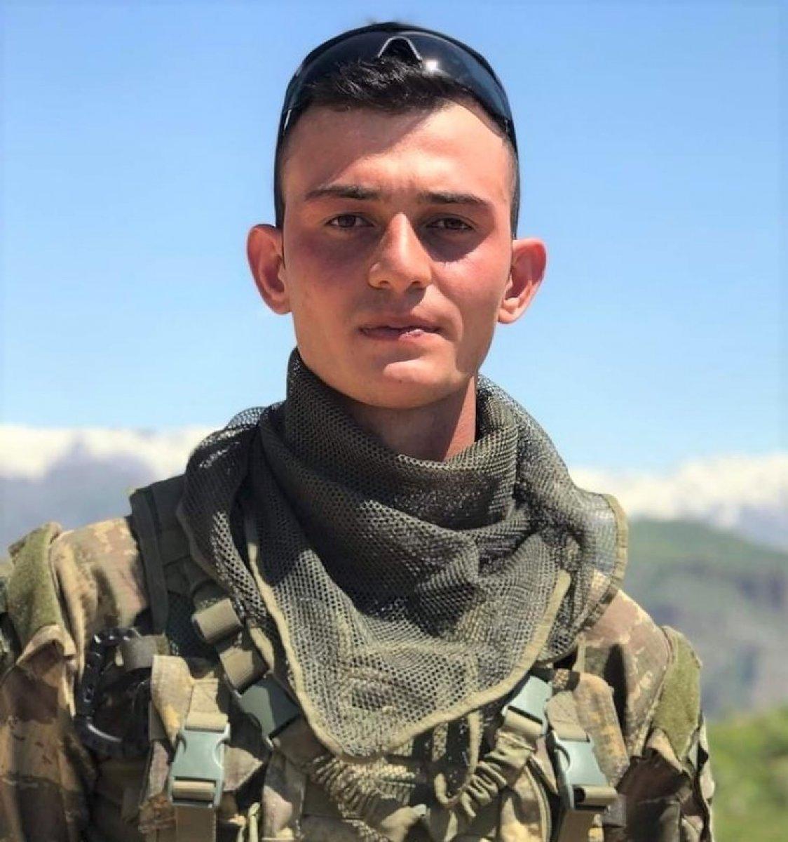 Şehit Piyade Uzman Çavuş Ahmet Asan ın ailesine acı haber verildi #3