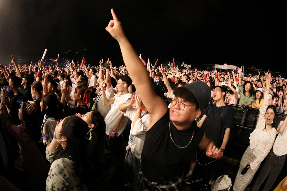 Koronavirüsün çıktığı Vuhan da müzik festivali  #5