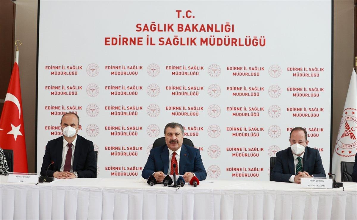 Fahrettin Koca: Sputnik aşılarının ilk sevkiyatı bu ay gerçekleşecek #2