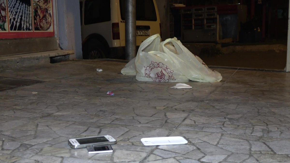 Bursa da eşini taciz eden şahsı bıçakladı #4