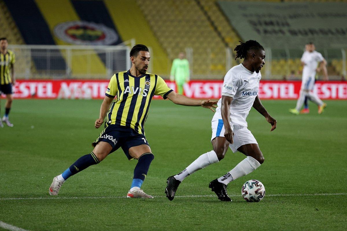 Fenerbahçe, evinde BB Erzurumspor u 3 golle mağlup etti #1