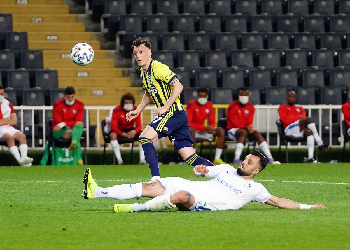 Fenerbahçe, evinde BB Erzurumspor u 3 golle mağlup etti #8