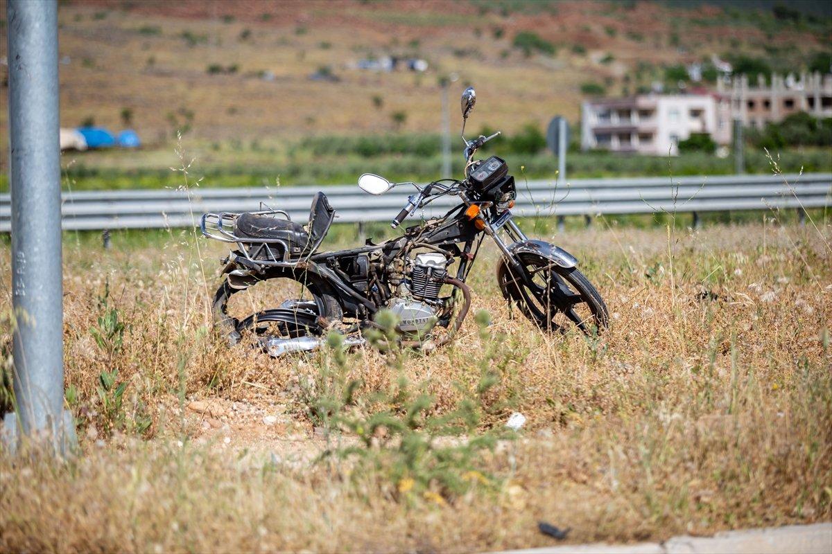 Hatay da otomobil ile motosiklet çarpıştı: 2 ölü #5