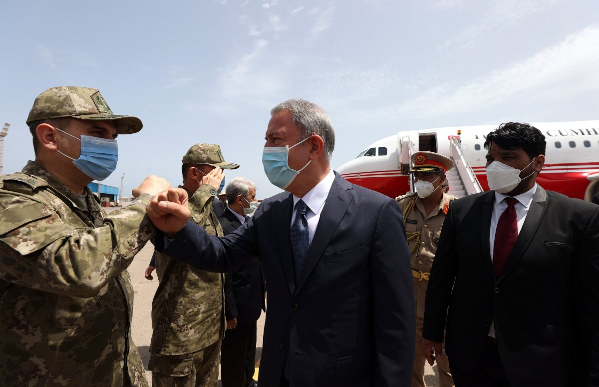 Hulusi Akar ve beraberindeki heyet Libya da #4