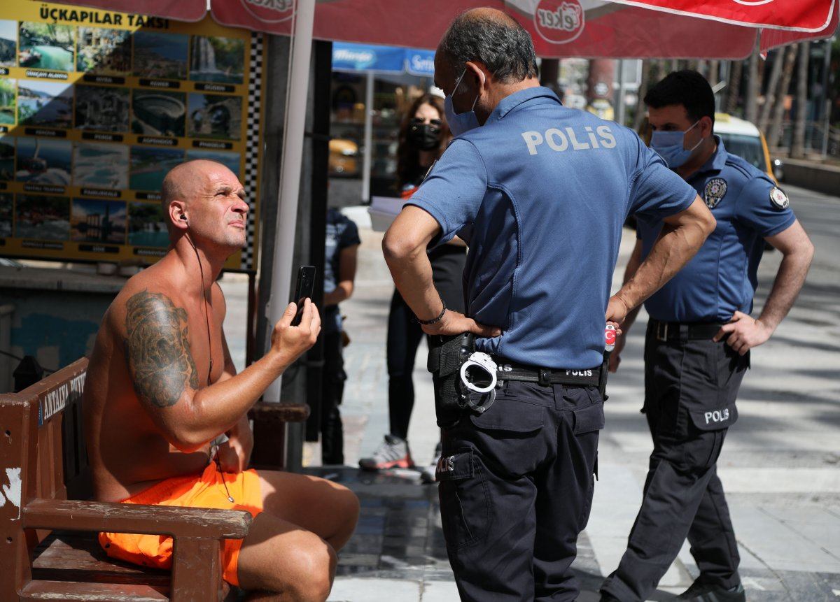 Antalya da, kadın polise  ahlaksız  teklifte bulunan turist serbest kaldı  #3