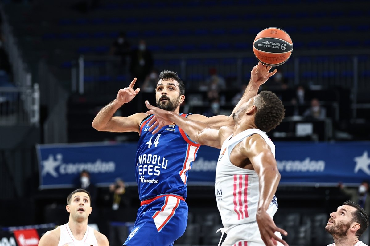 Anadolu Efes, Final Four da #4
