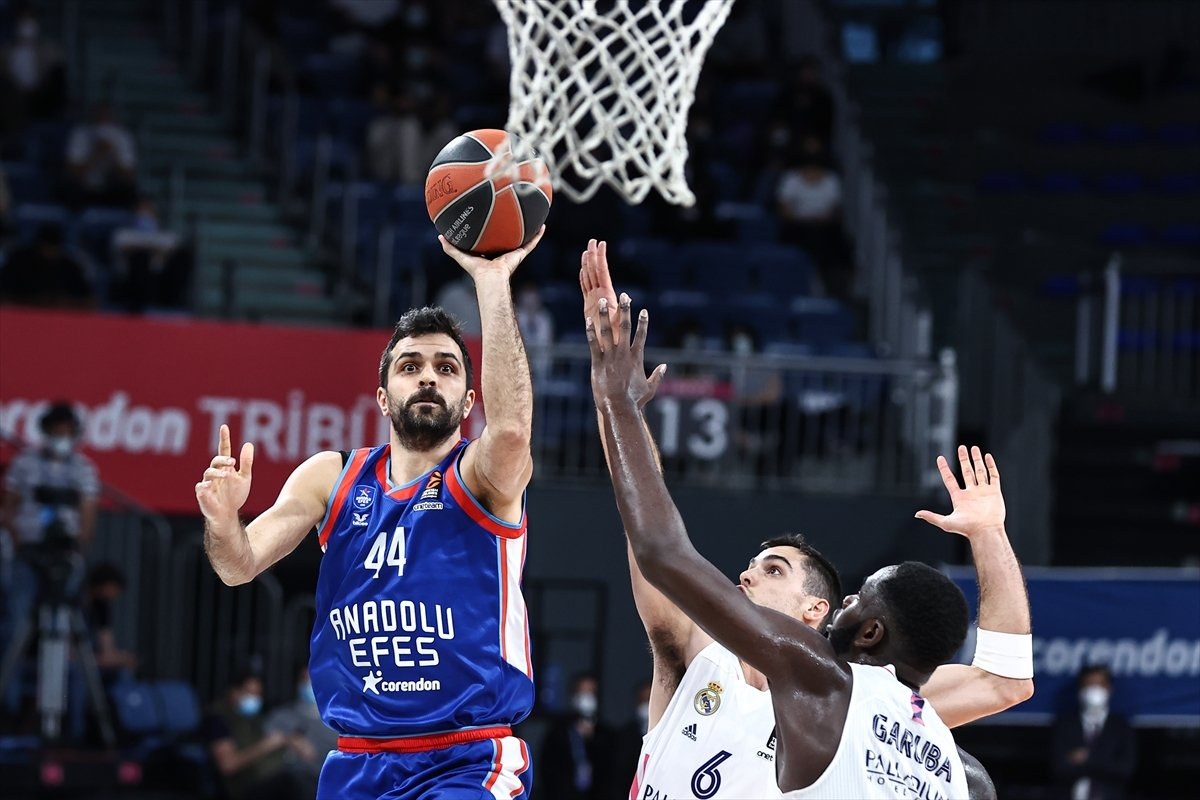 Anadolu Efes, Final Four da #5