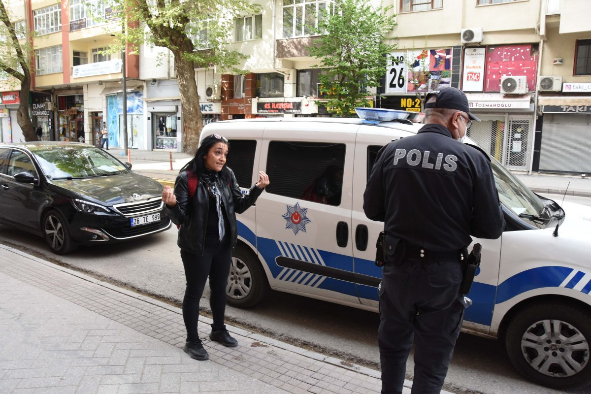Eskişehir de maske takmayı reddeden sağlıkçıya ceza #3