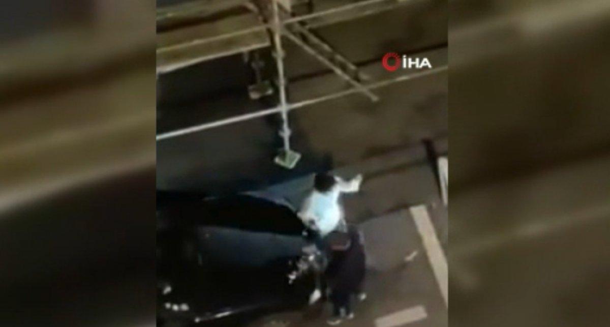 Fransa'da polis, kısıtlamaya uymayan gençlere şiddet uyguladı  #6