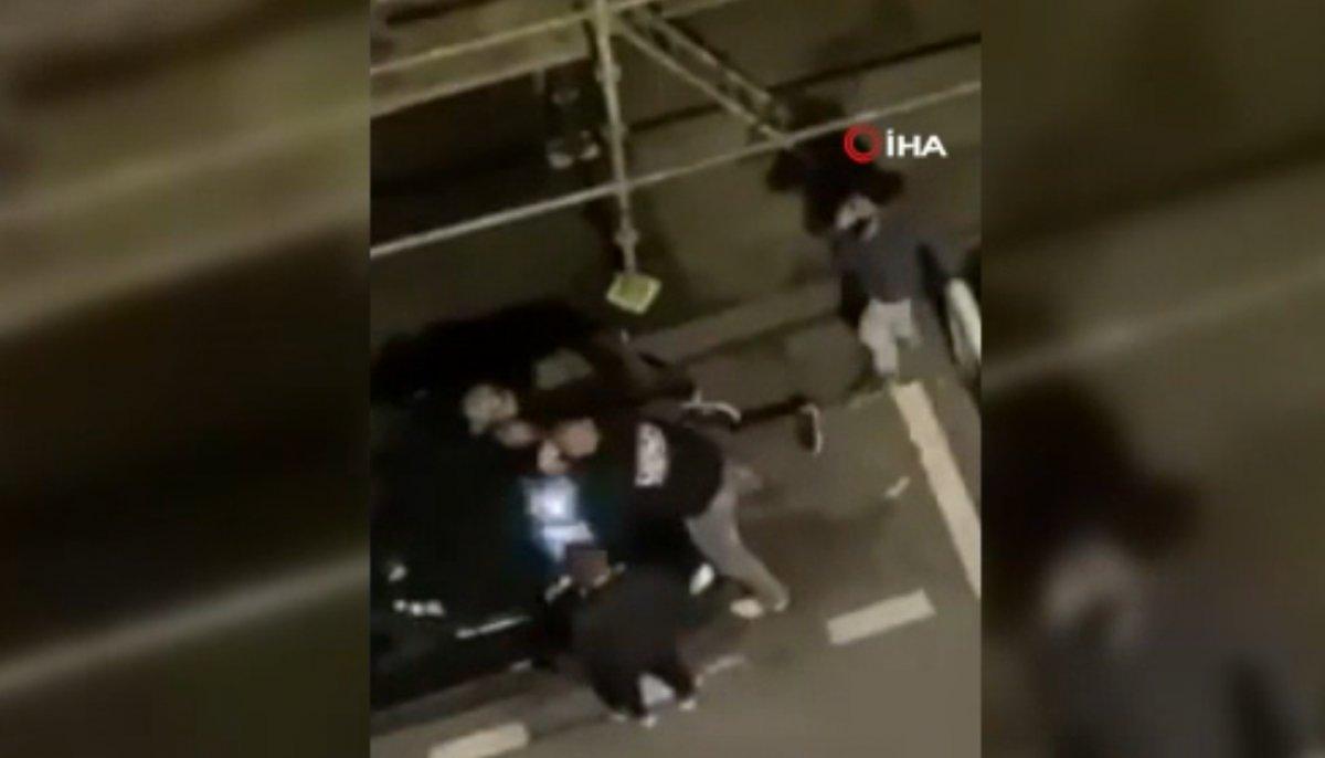 Fransa'da polis, kısıtlamaya uymayan gençlere şiddet uyguladı  #4