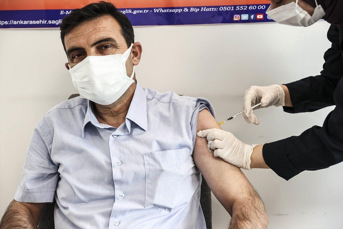 Türkiye nin koronavirüse karşı toplumsal bağışıklık oranı belli oldu #1