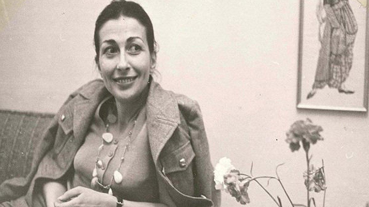 Emine Işınsu kimdir? Yazar Emine Işınsu nun biyografisi ve eserleri #1