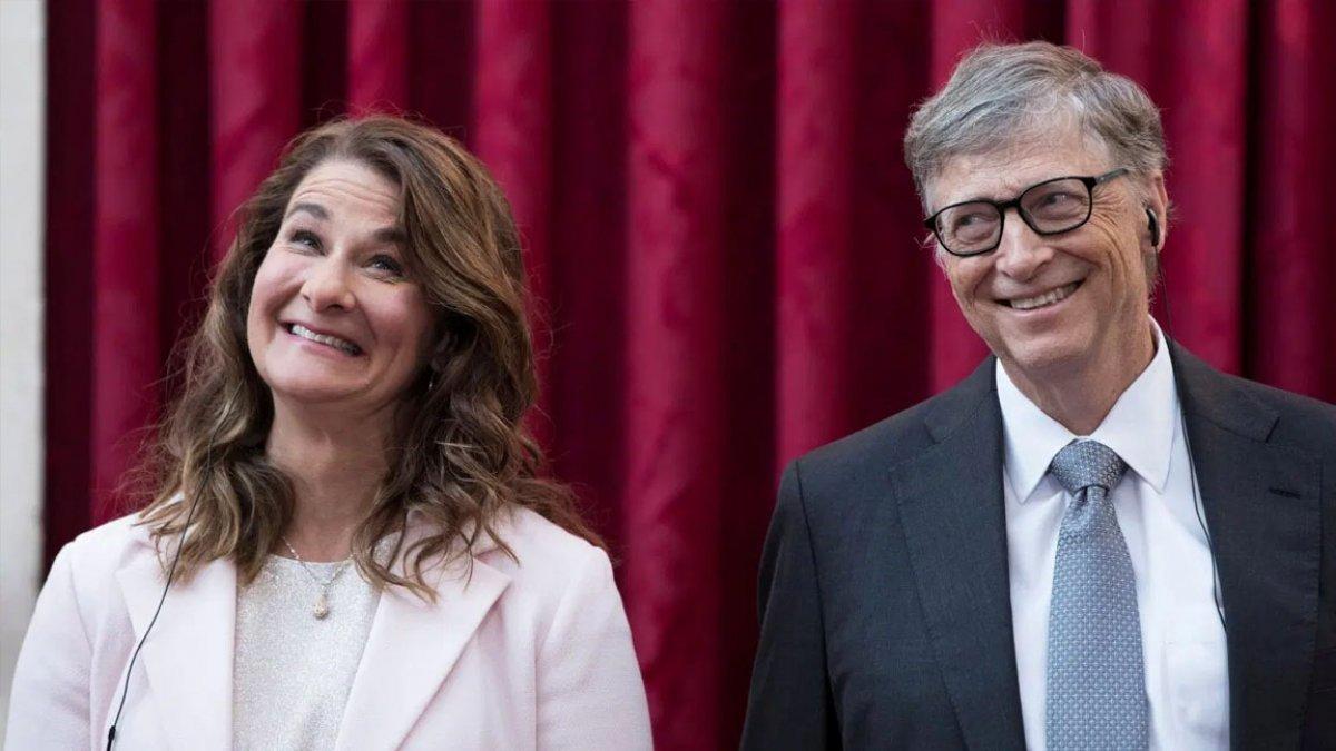 Gates çiftinin ayrılığına Azerbaycanlı sunucunun yorumu #1