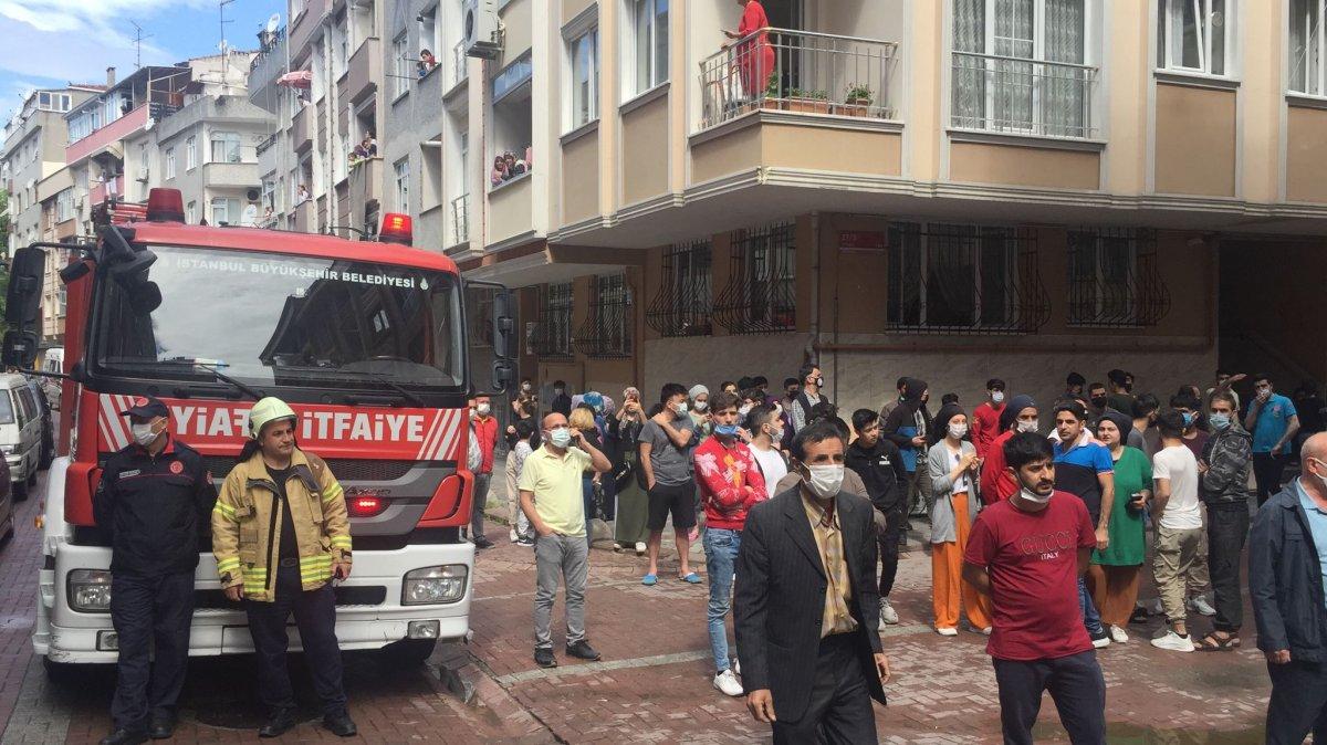 Zeytinburnu nda bina çöktü #4