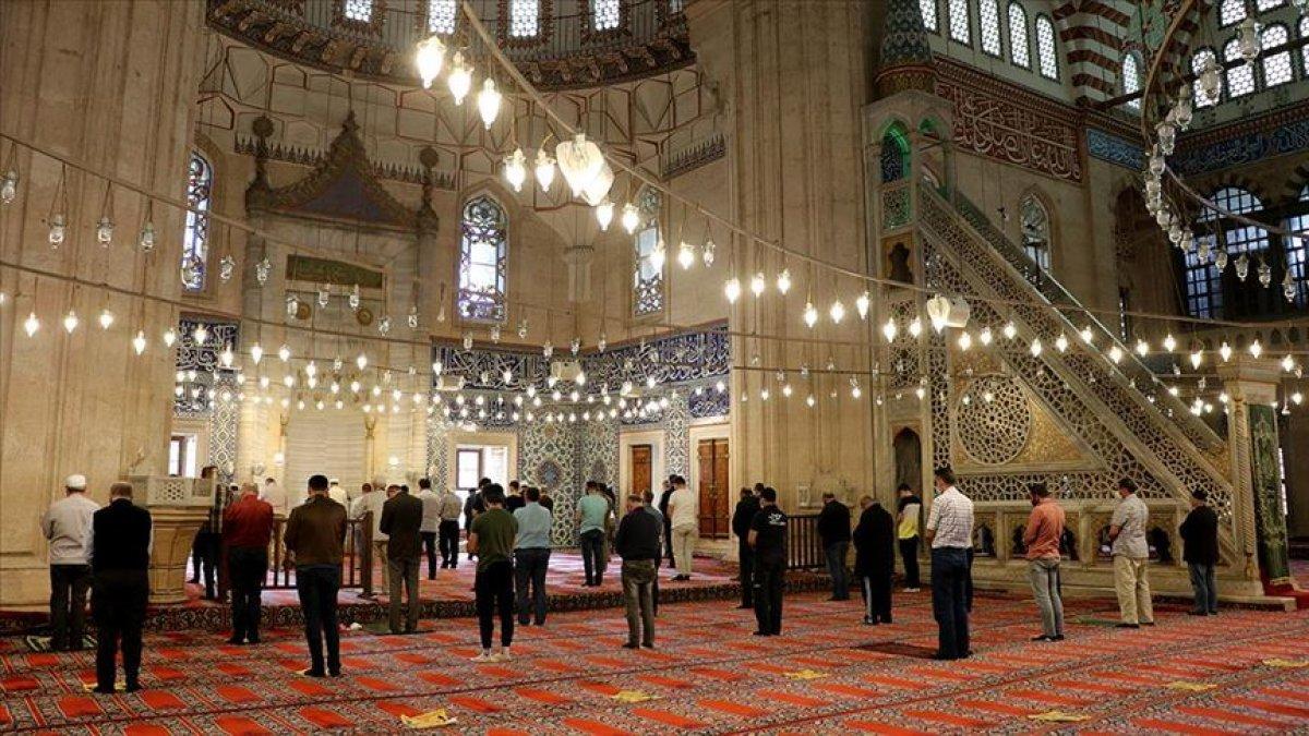 Ramazan Bayramı namazının saatleri belli oldu #2
