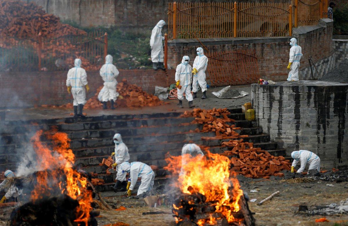 Hindistan da koronavirüs bilançosu ağırlaşıyor #5