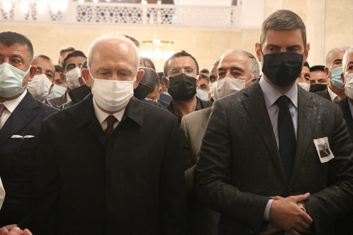 Kemal Kılıçdaroğlu, Cemil Erhan ın cenaze törenine katıldı #5