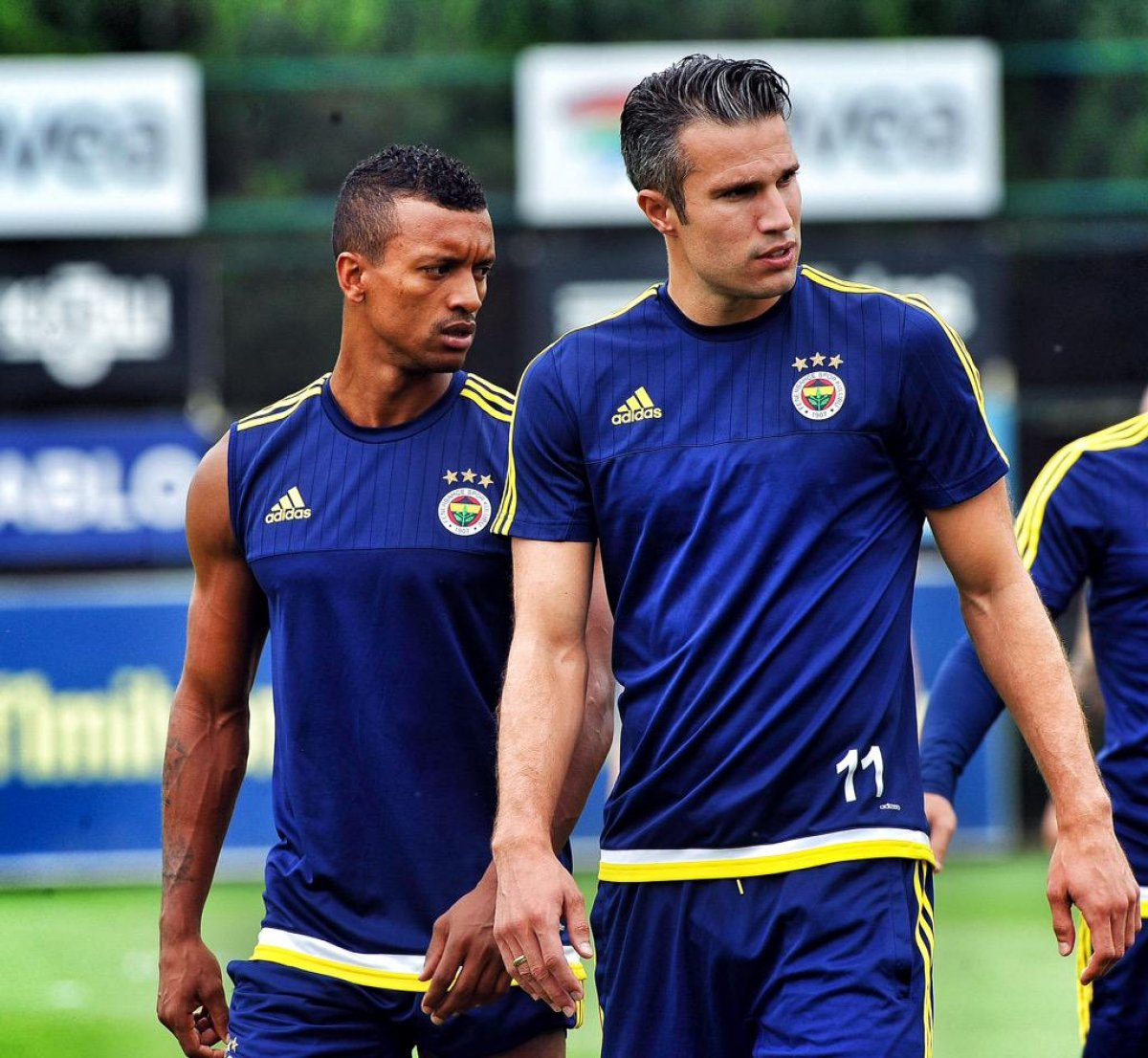 21 transfer yapan Fenerbahçe ye yine Beşiktaş engeli #1