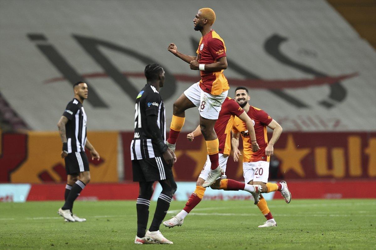 Galatasaray evinde Beşiktaş ı 3 golle mağlup etti #1
