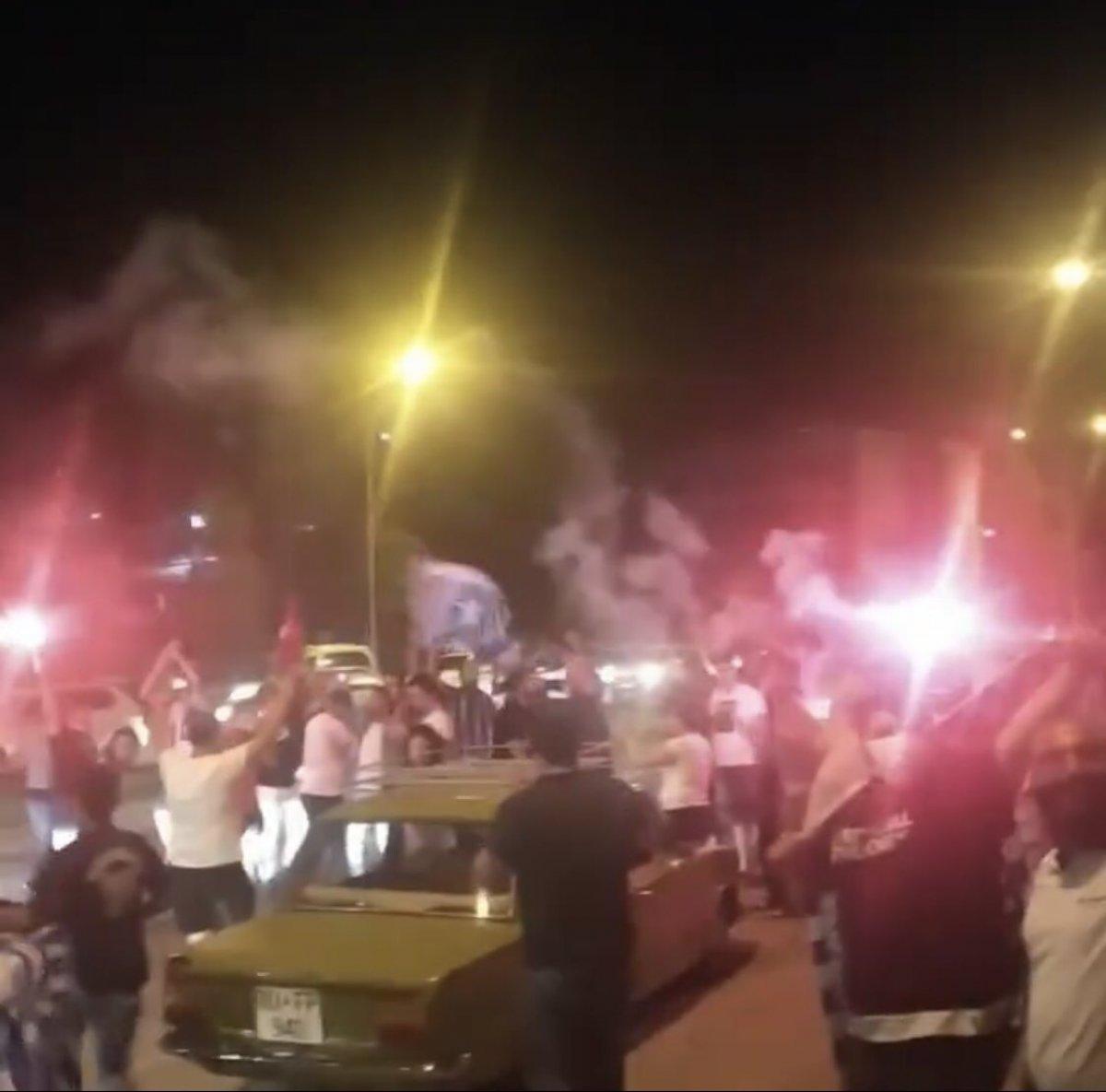Adana Demirspor un 26 yıl sonra gelen şampiyonluğu kentte coşkuyla kutlandı #1