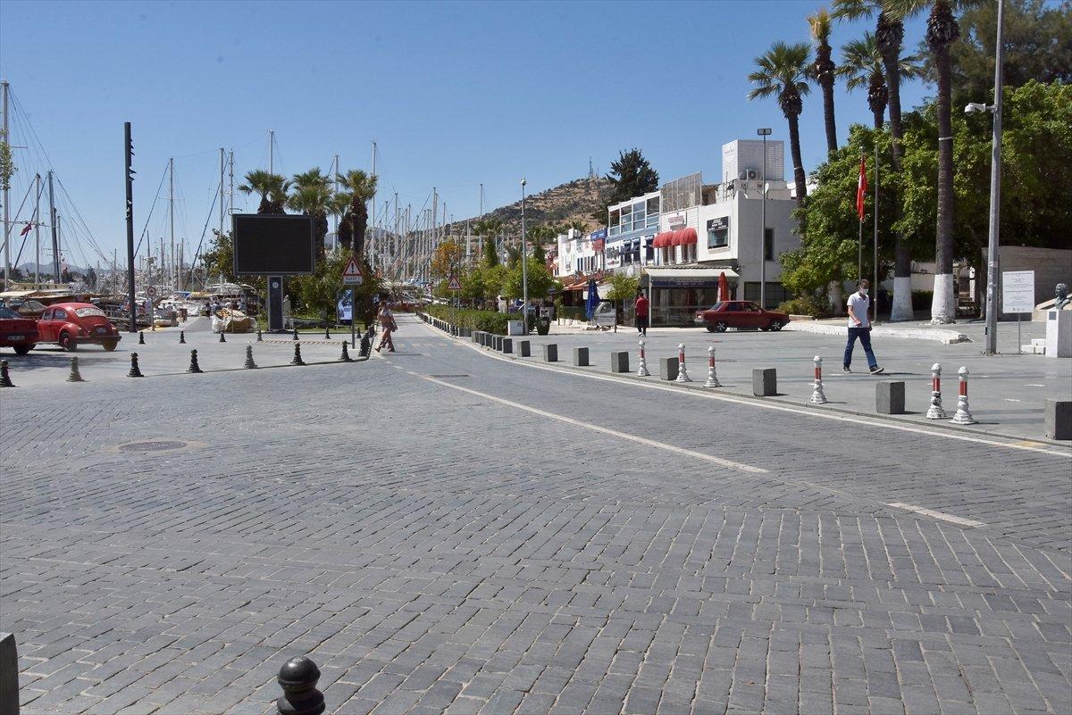 Antalya ve Muğla da tam kapanma sessizliği sürüyor #1