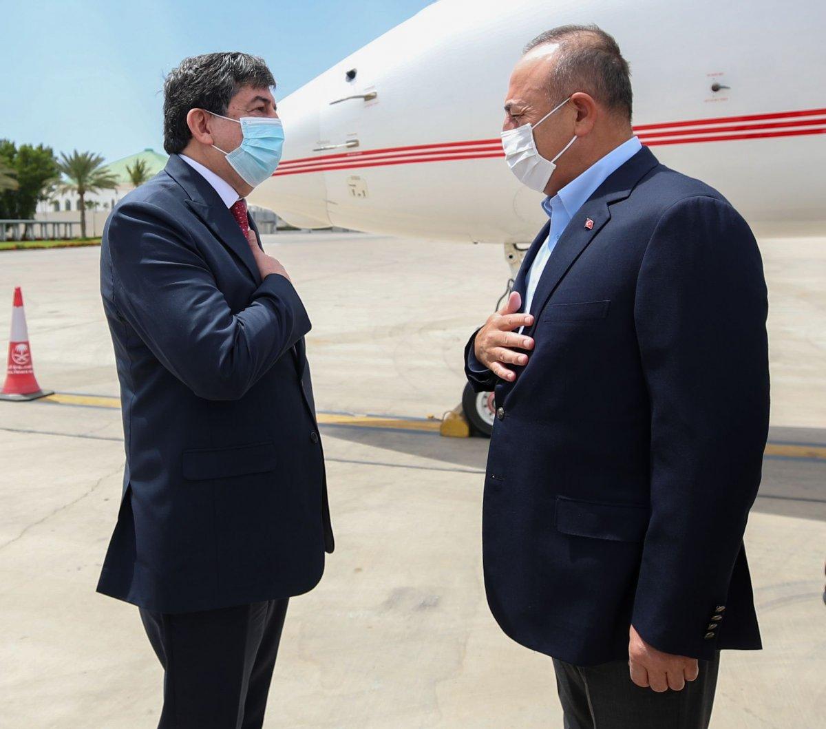 Mevlüt Çavuşoğlu, Suudi Arabistan a gitti #2