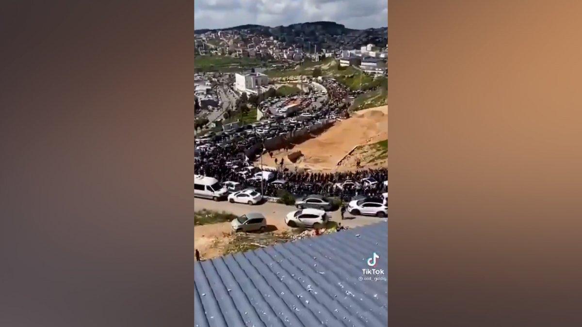Binlerce Filistinli Mescid-i Aksa'ya gidiyor  #2
