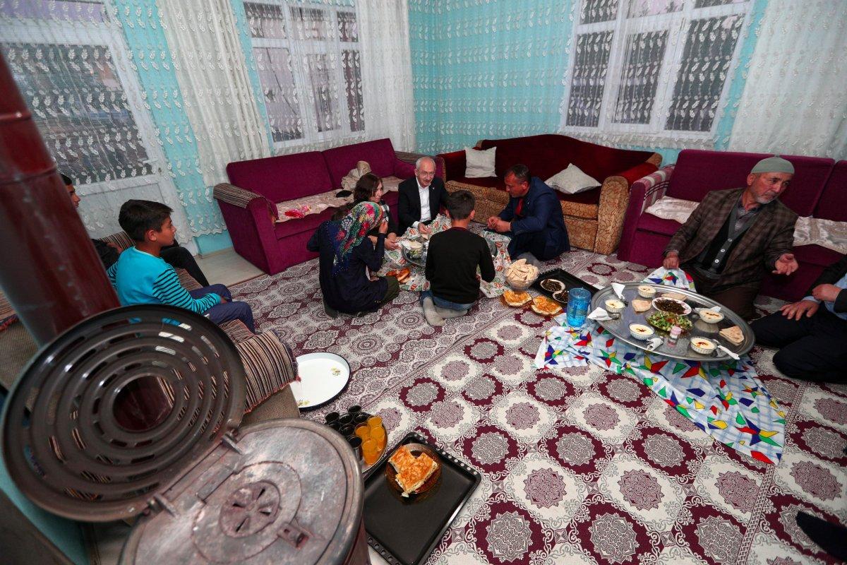 Kemal Kılıçdaroğlu, Ankara da bir vatandaşın evinde iftar yaptı #2