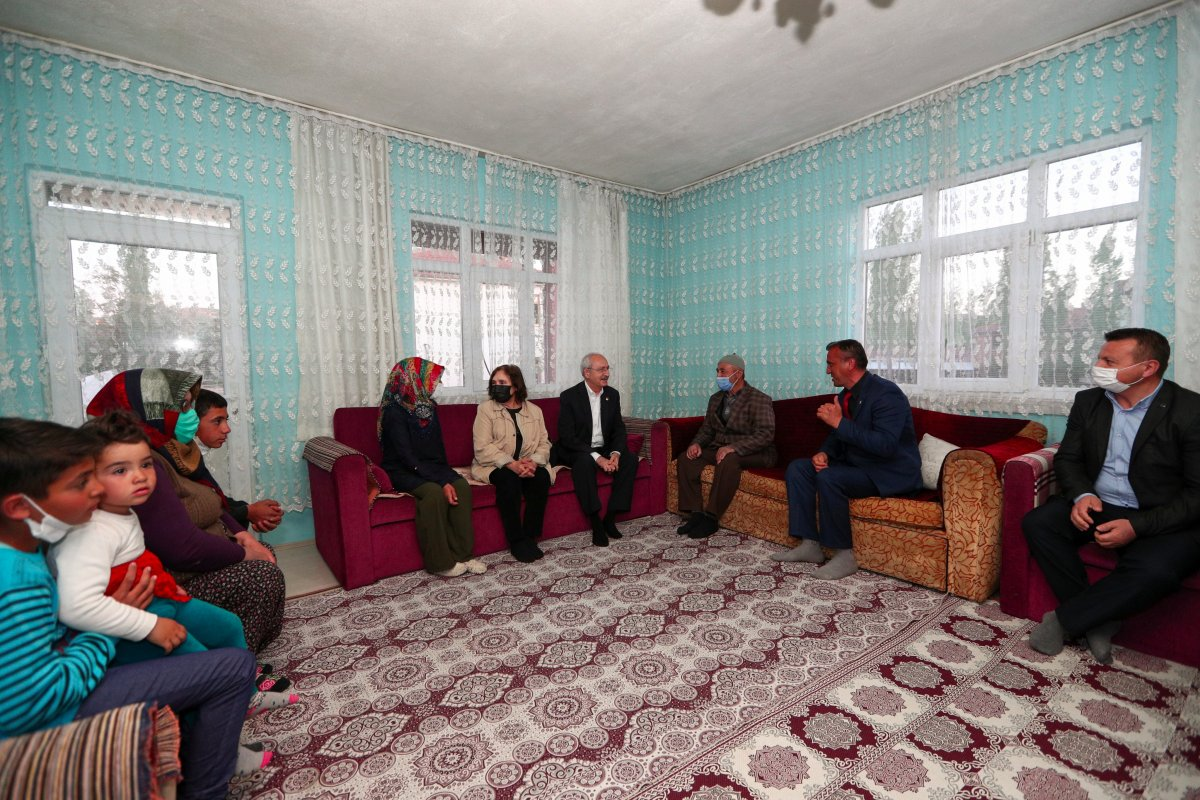 Kemal Kılıçdaroğlu, Ankara da bir vatandaşın evinde iftar yaptı #3