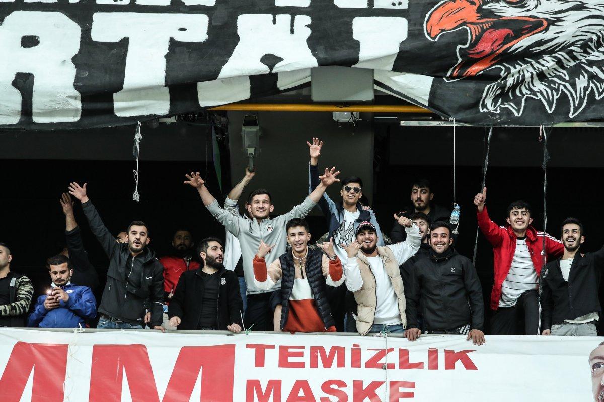 Beşiktaş-Karagümrük maçına seyirci alındı #1