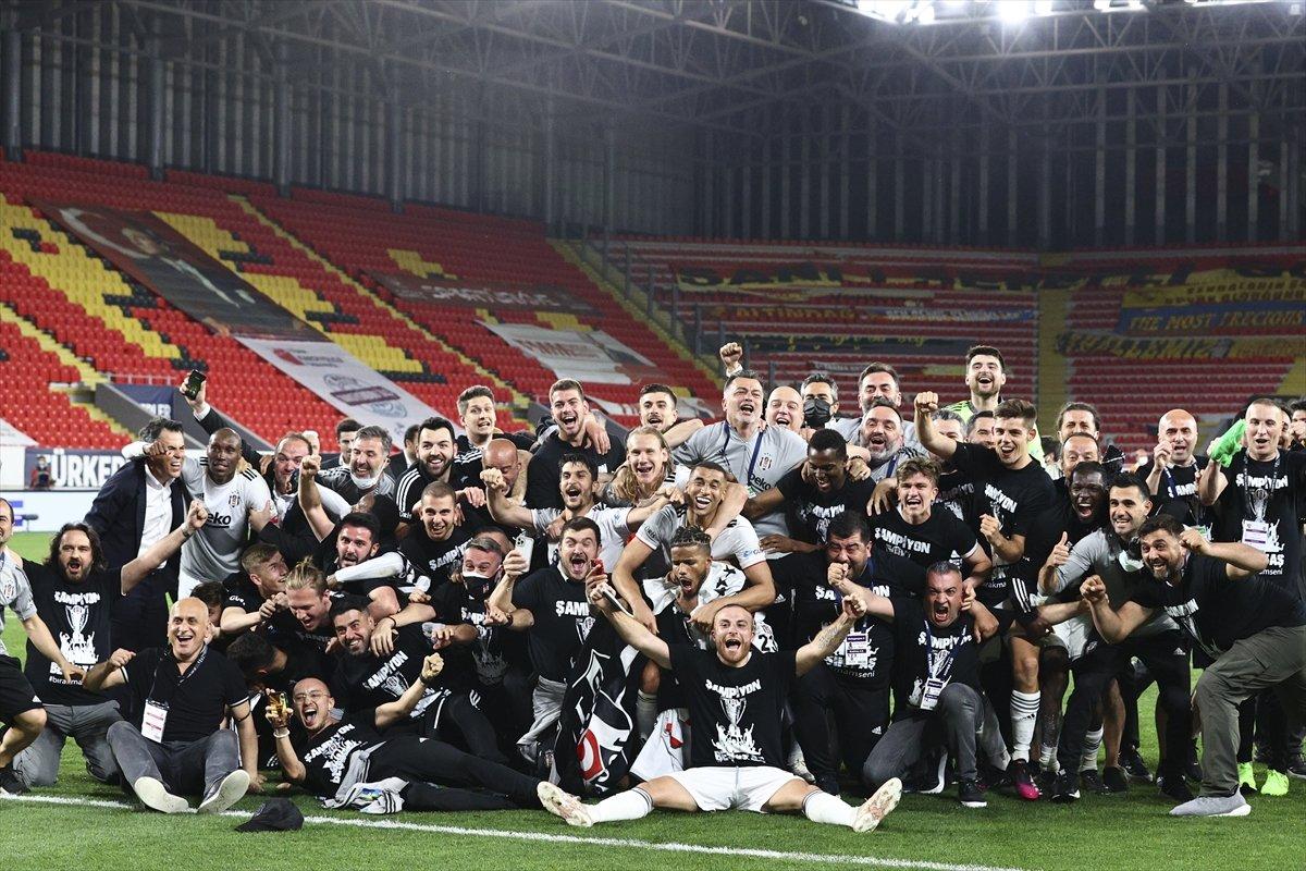 Cumhurbaşkanı Erdoğan dan şampiyon Beşiktaş a kutlama #1