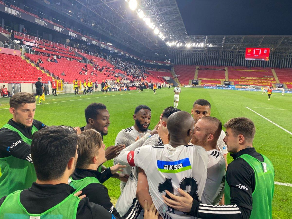 2020-2021 sezonu şampiyonu Beşiktaş #2