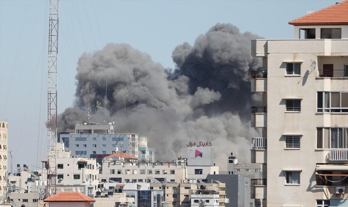 İsrail, Gazze de medya binasını vurdu #3
