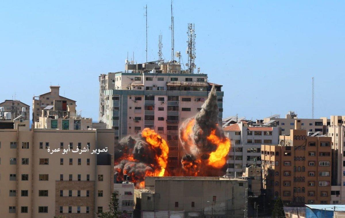 İsrail, Gazze de medya binasını vurdu #1
