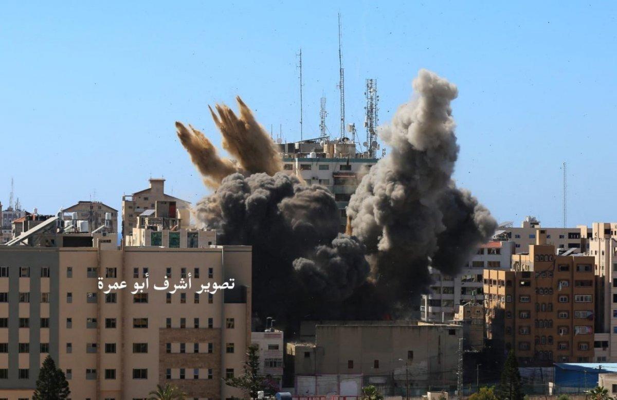 İsrail, Gazze de medya binasını vurdu #2