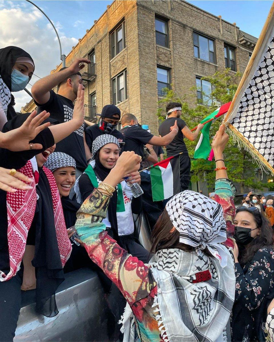 Bella Hadid, Filistin için sokağa indi  #2