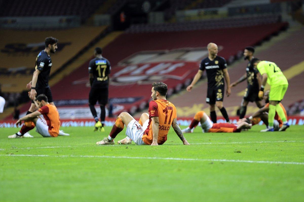 Galatasaraylıların yaşadığı üzüntü #1