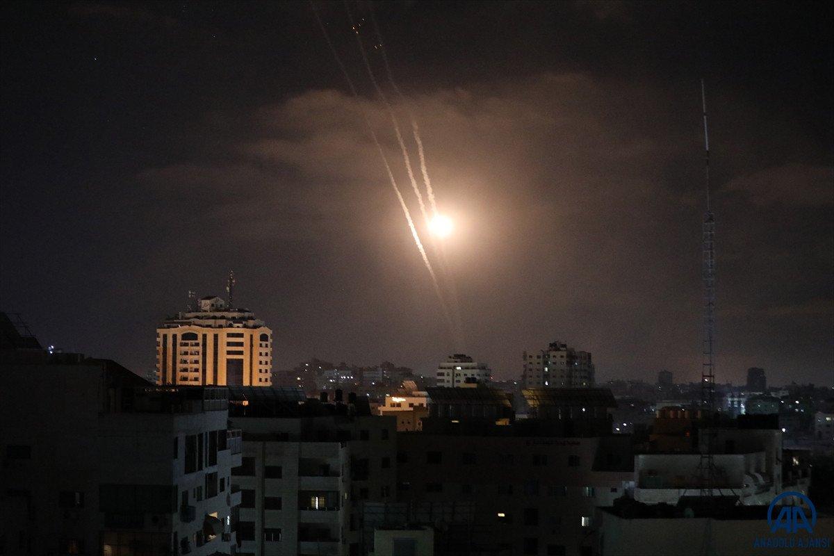 Gazze den Tel Aviv e roket saldırısı #1