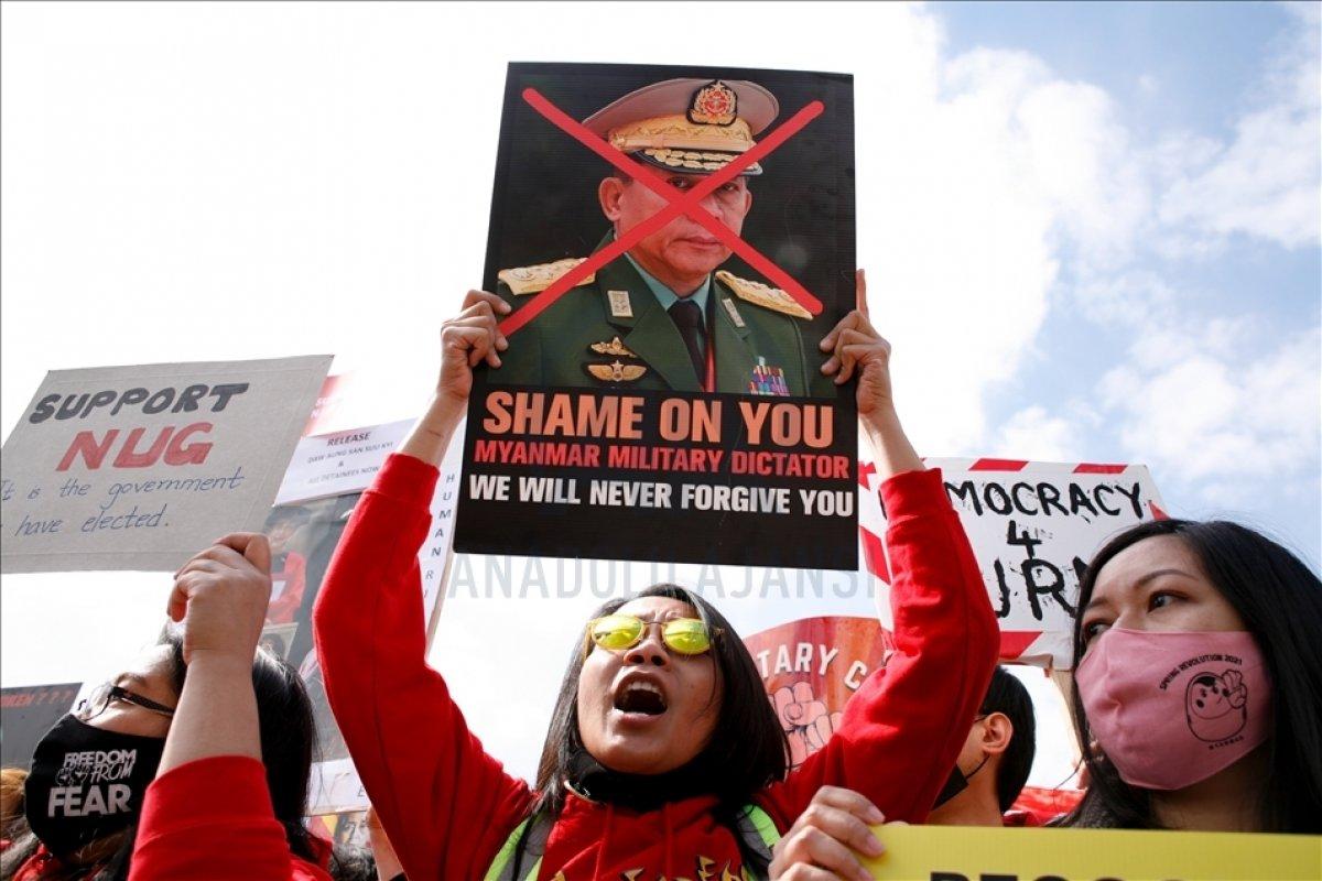 Myanmar da öldürülen darbe karşıtı göstericilerin sayısı 796 ya yükseldi #4