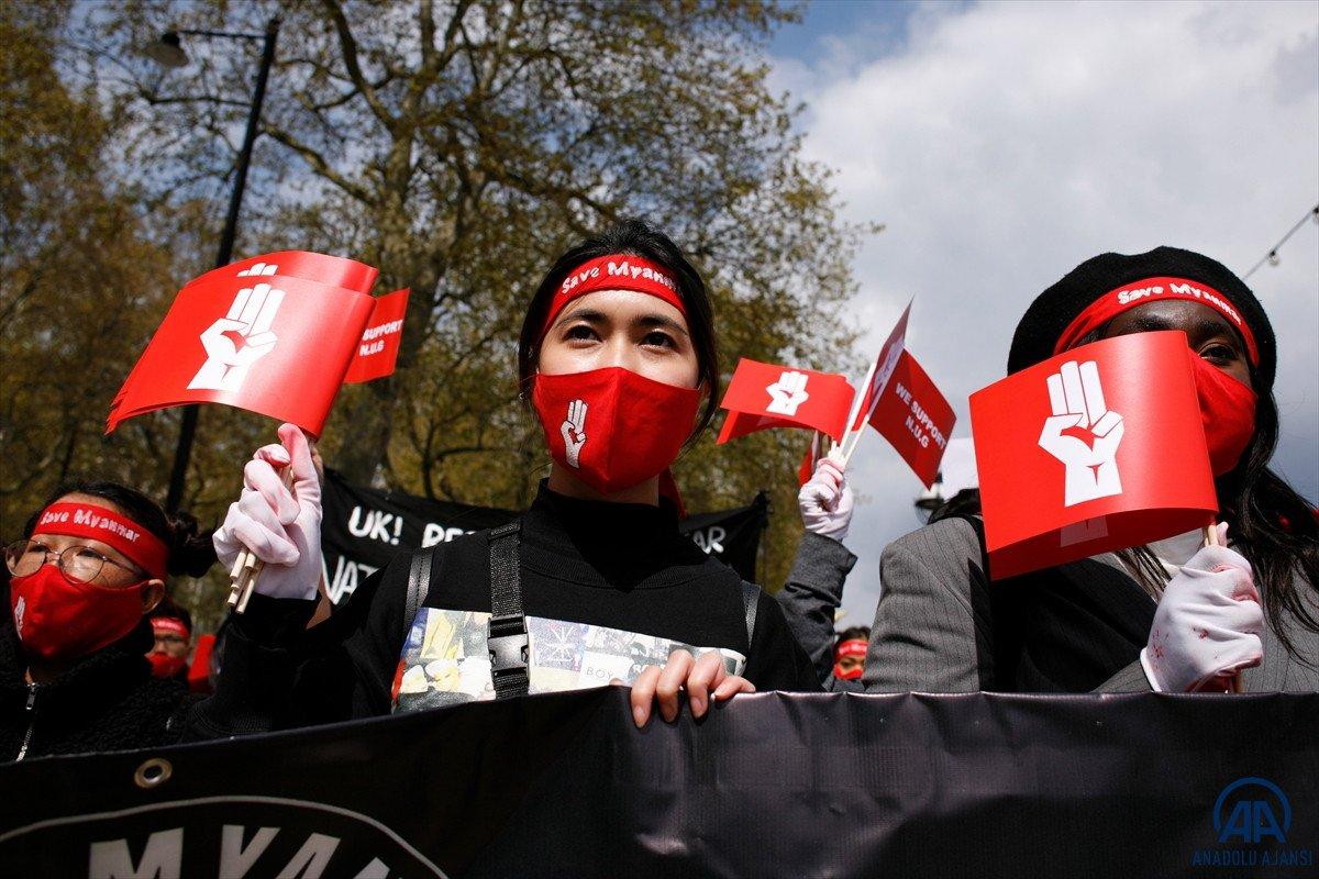 Myanmar da öldürülen darbe karşıtı göstericilerin sayısı 796 ya yükseldi #1