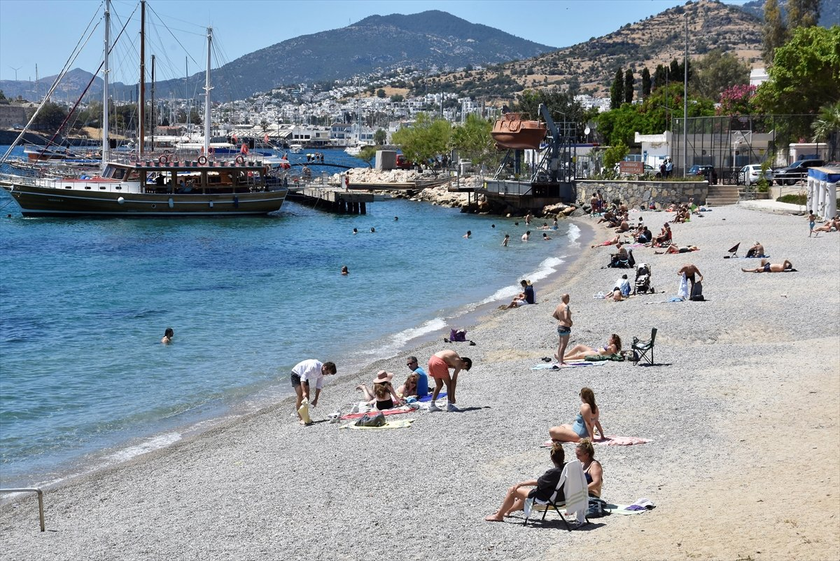 Antalya ve Muğla sahilleri, kademeli normalleşme ile hareketlendi #6
