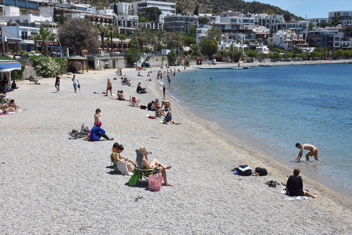 Antalya ve Muğla sahilleri, kademeli normalleşme ile hareketlendi #5
