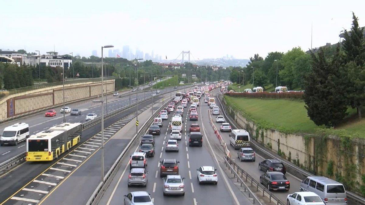 İstanbul'da trafik yoğunluğu #1
