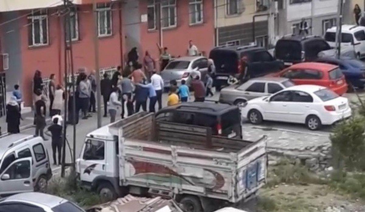 Esenyurt'ta, oyun oynayan 7 yaşındaki çocuğa araba çarptı  #2