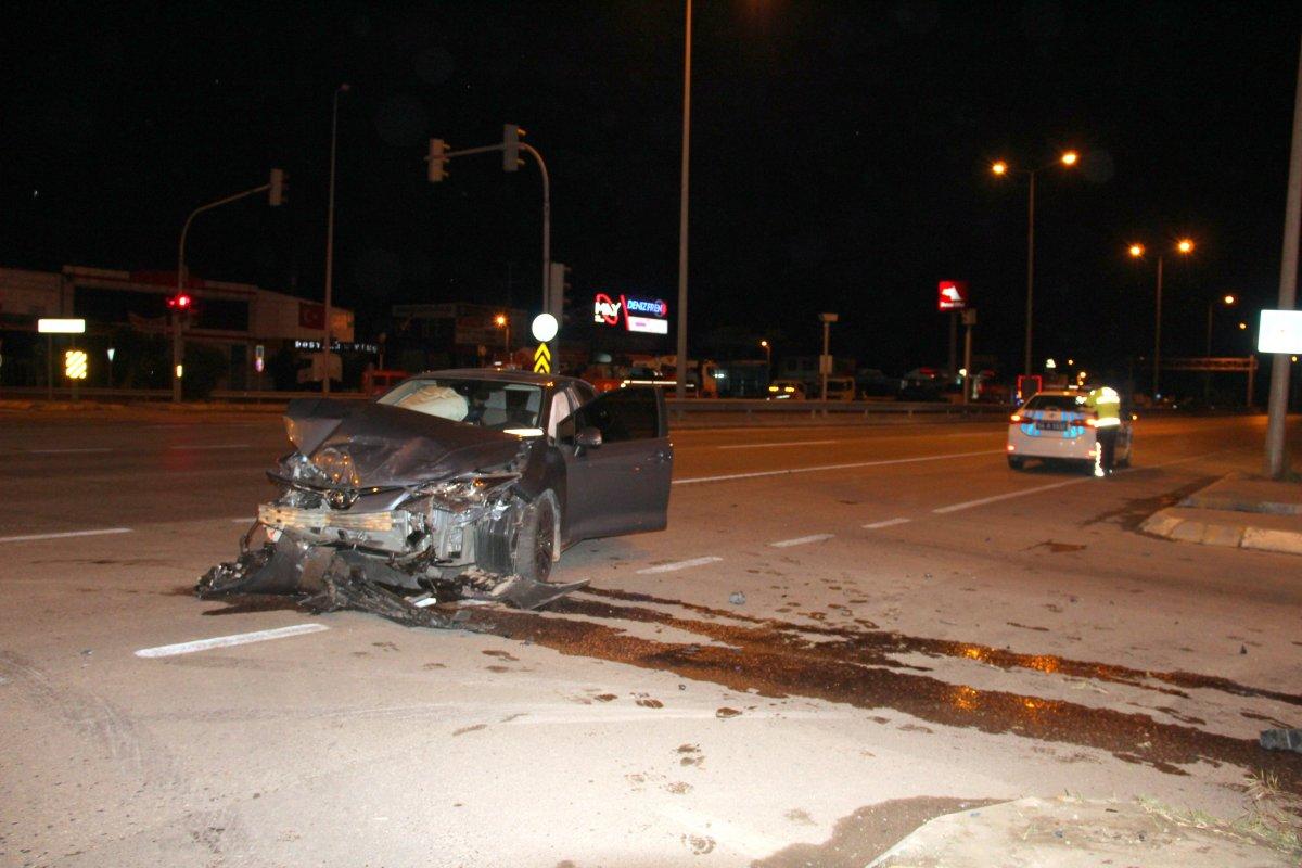Sakarya da sürücü kaza yaptıktan sonra kayıplara karıştı #1