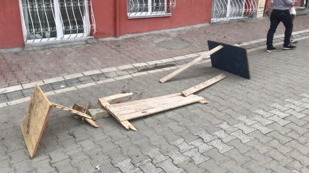 Esenyurt'ta, oyun oynayan 7 yaşındaki çocuğa araba çarptı  #4